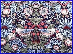 Arts and Crafts Strawberry Thief by William Morris Duvet Cover Set Double size
