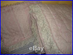 Croscill Vintage Victorian Lace Pink Cream Floral (2pc) Full Comforter Set