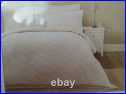 Dorma Pensthorpe Waffle Double Size Duvet Cover and 2 Pillowcases 100% Cotton