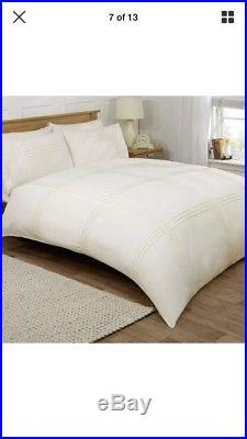 Job Lot Wholesale 20x Embossed Laced Pleated Double & King Size Duvet Cover Set