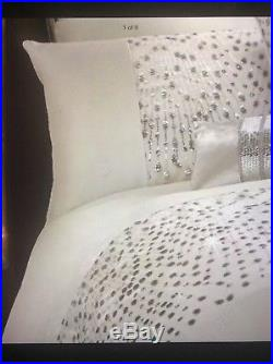 Kylie Minogue Eva Oyster Double Duvet Set With Pillowcases