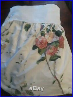 Vintage comforter with bed skirt set English garden double 76x86